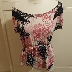3/$20 Pink Blue Floral Blouse Small like Medium